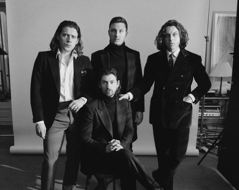 Arctic-Monkeys-2